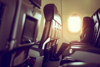 Cuidados com a coluna: como evitar sentir dor nas costas em viagens longas